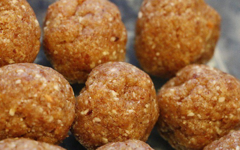 Apricot Almond Bliss Balls – Prebiotic Bliss Balls