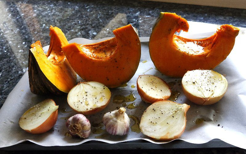 Easiest Roasted Pumpkin Soup Ever